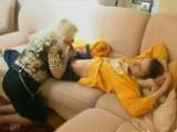 Nevlastní máma zneužije svého spícího syna