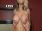 Sexy MILF Brenda James krásně šoustá