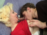 Nadržená ruská máma spáchá incest se synem