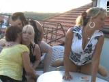 Čtyři zralé české paničky si užijou s mladíkem #5