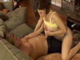 Náruživá ženská podvede svého manžela