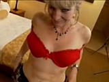 Zkušená padesátka má sex stále ráda