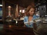 Opilá barmanka si zašoustá s posledním zákazníkem
