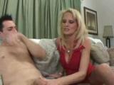 Sexy mamina prcá se synem svého manžela